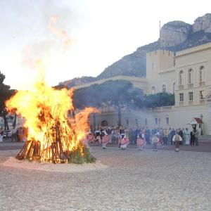 Célébration de la fête de la Saint-Jean 2013 sur la place du Palais.  © Archives du Palais Princier – Gaetan Luci